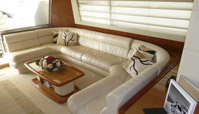 Seamrog Charter Yacht - 5
