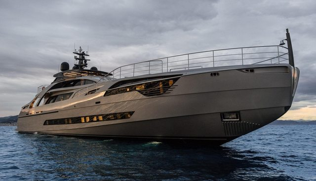 Touch Me Charter Yacht - 2