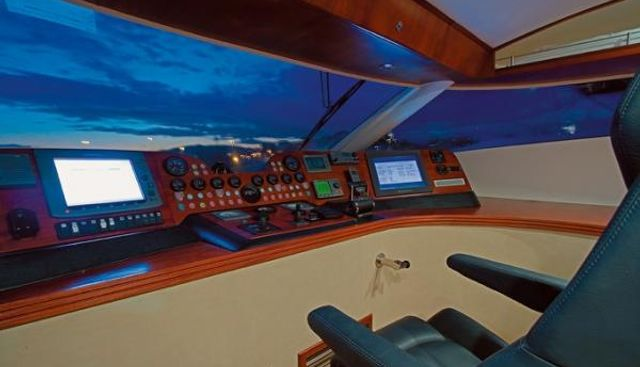 M.T. Time Charter Yacht - 4