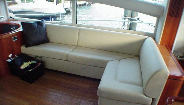 Her Way  Charter Yacht - 3