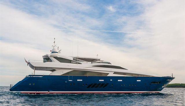 H Charter Yacht