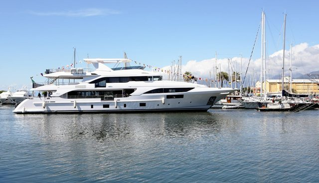 Miss Lily Charter Yacht