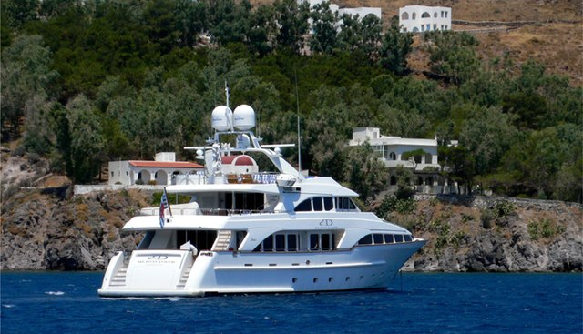Blind Date Too Charter Yacht - 3