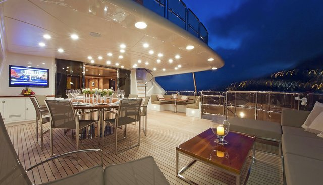 African Queen Charter Yacht - 4