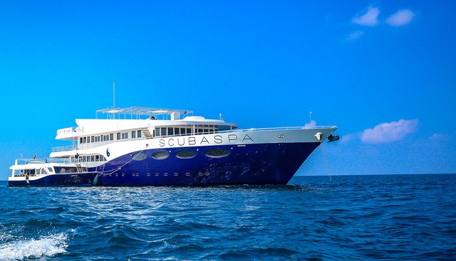 Scubaspa Charter Yacht