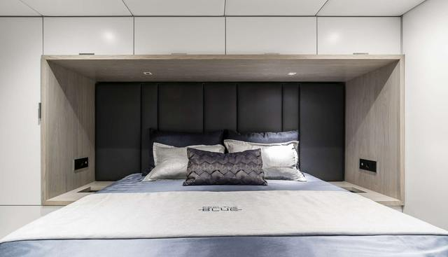 Feel the Blue Charter Yacht - 7