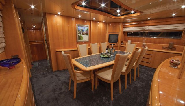 Evelyn Charter Yacht - 4