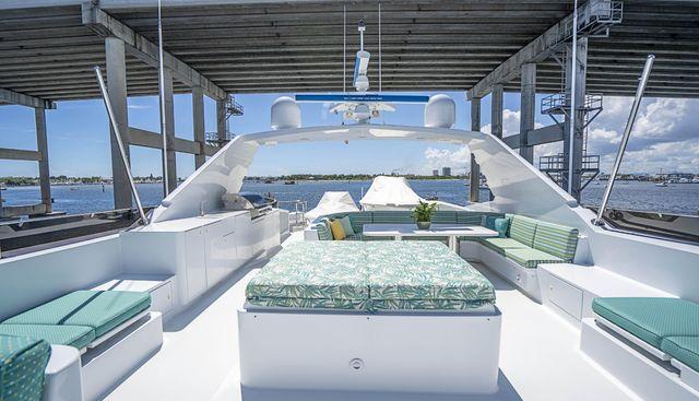 Hog Heaven Charter Yacht - 4