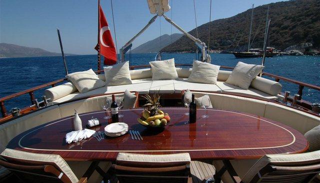 Zephyria II Charter Yacht - 4