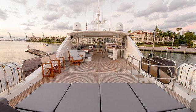 Love N Life Charter Yacht - 4