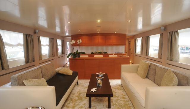 Miadoma Charter Yacht - 4