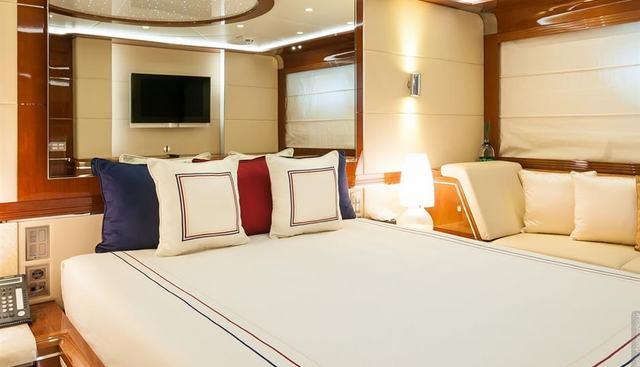 H Charter Yacht - 6