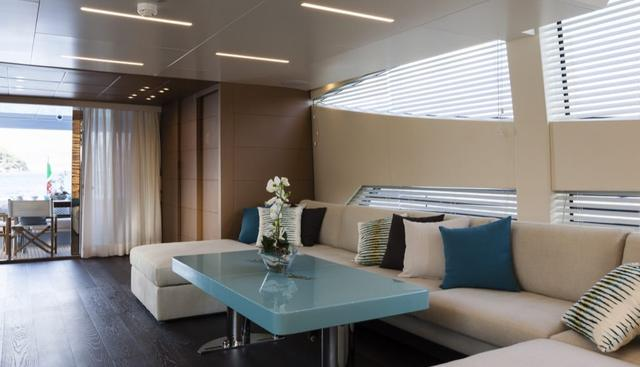 55 Fiftyfive Charter Yacht - 7