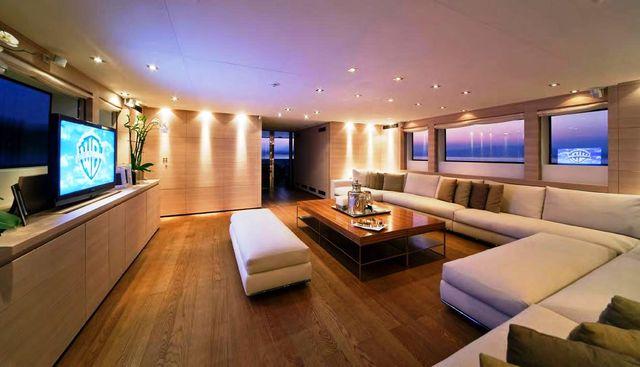 Fan Too Charter Yacht - 7