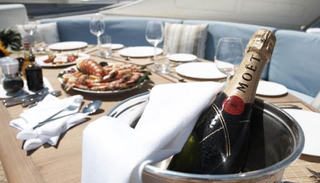 Champagne O'Clock Charter Yacht - 3