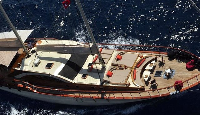 Justiniano Charter Yacht - 2