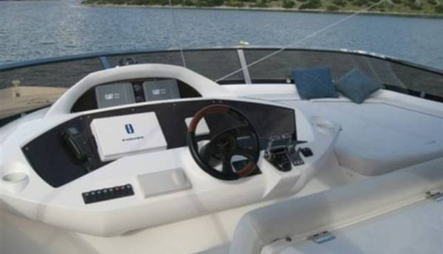 Harrys Game Charter Yacht - 3