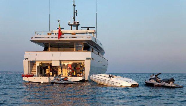 Fan Too Charter Yacht - 5