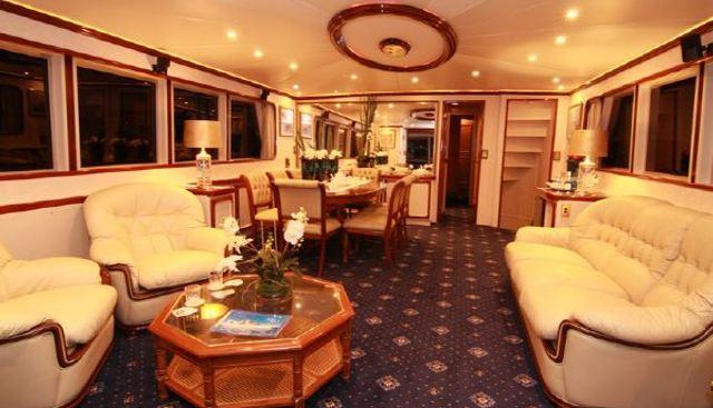 Southern Cross II Charter Yacht - 4