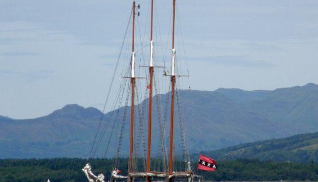 Loth Lorien Charter Yacht - 4
