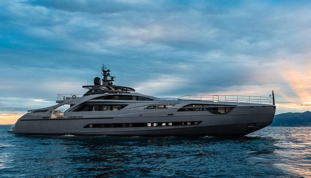 Touch Me Charter Yacht