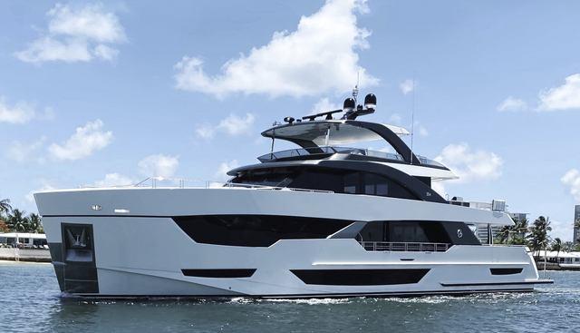 Ocean Alexander 35R/02 Charter Yacht