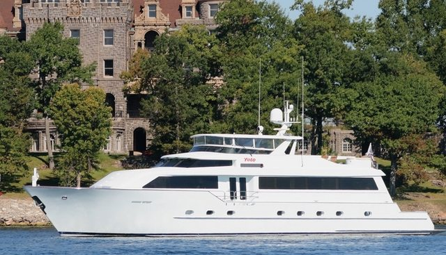 Handy Charter Yacht