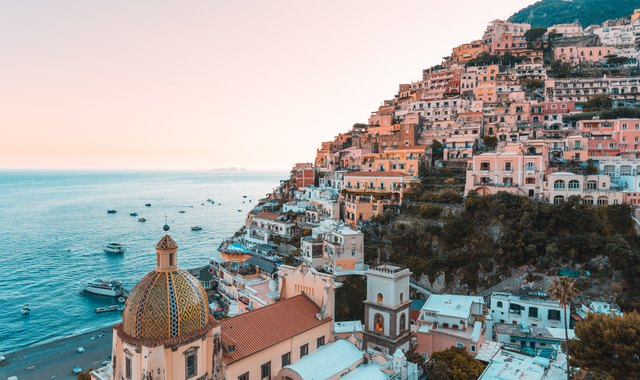 Explore the Charming Shores of the Amalfi Coast