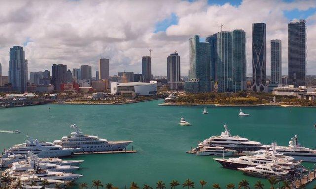 Best photos LIVE: Miami Yacht Show 2019