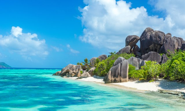Seychelles yacht charter special offered by 60m luxury yacht 'St David'