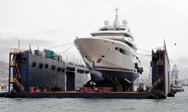 95m charter yacht O'PARI launches in Greece