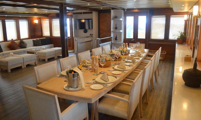 S/Y LAMIMA Offering Cabins for Charter