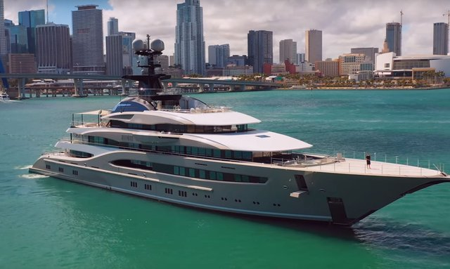 Video: M/Y KISMET arrives at the Miami Yacht Show 2019