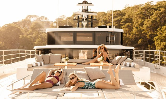 Whitsundays charter special: M/Y ONEWORLD reduces rate