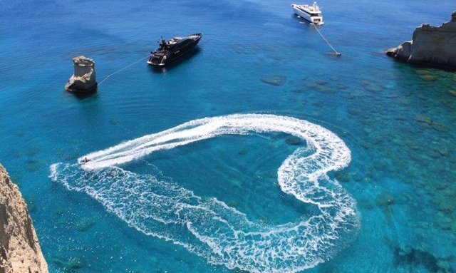 The Beauty of Chartering a Superyacht in Greece