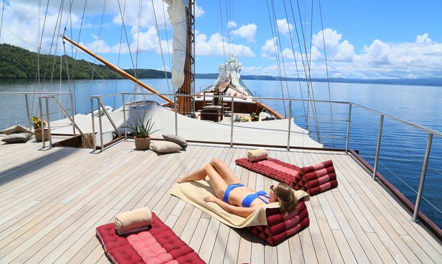 Book Now for a Reduced Charter Rate on S/Y LAMIMA