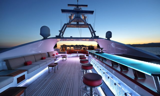 M/Y 'Code 8' Opens for Abu Dhabi Grand Prix Charter