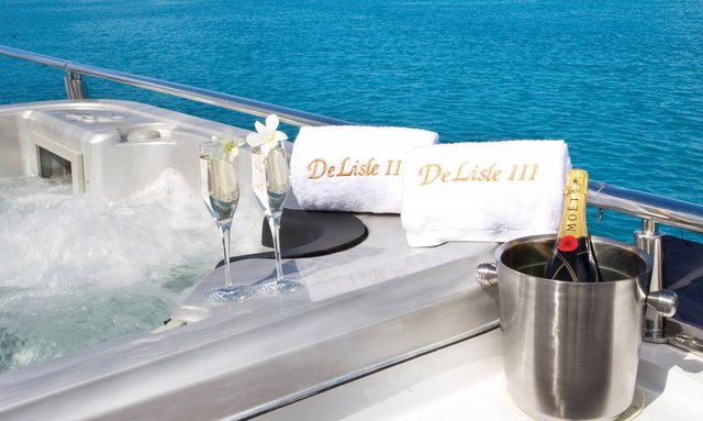 Escape to Fiji This Summer with M/Y 'De Lisle III'
