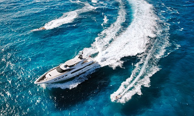Whitsundays special: No delivery fees on M/Y 'Infinity Pacific'