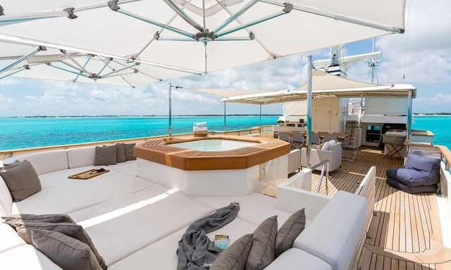 Explore the Caribbean for Less aboard M/Y PIONEER