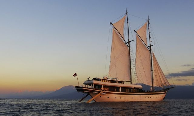 S/Y ZEN Offers Charter Deal
