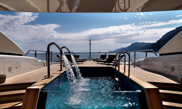 step-down spa pool on board sailing yacht FIDELIS