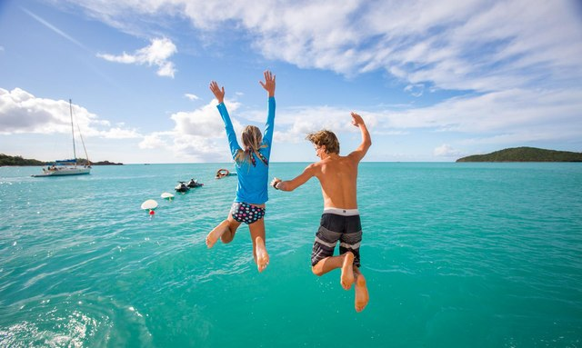 Escape to the Bahamas over the holidays on board M/Y USHER