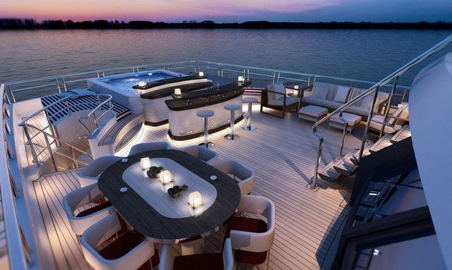 Indulgent bridge deck spa on Axioma