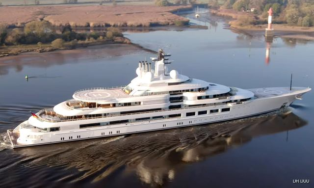 Aerial photo of 140m superyacht Scheherazade on sea trials