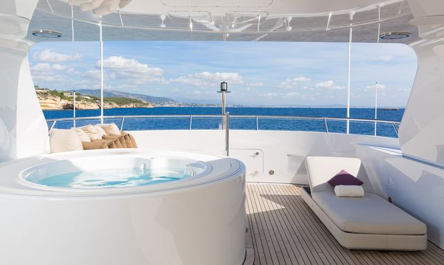 M/Y GO Opens for Christmas and New Year's in St Barts