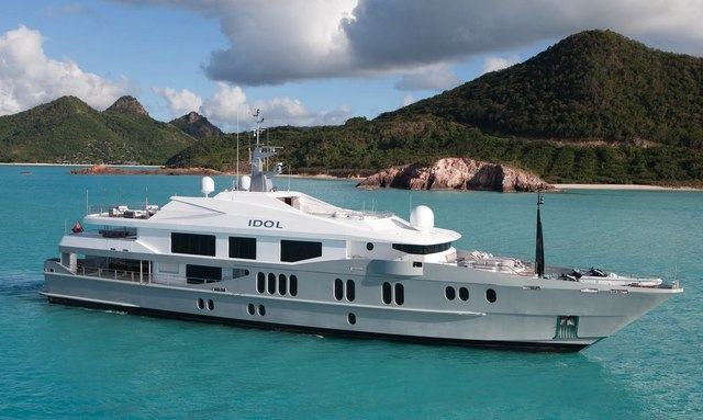 Charter yacht IDOL in the West Med