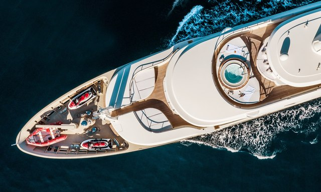 M/Y 'Light Holic' Open For Charter In The Maldives