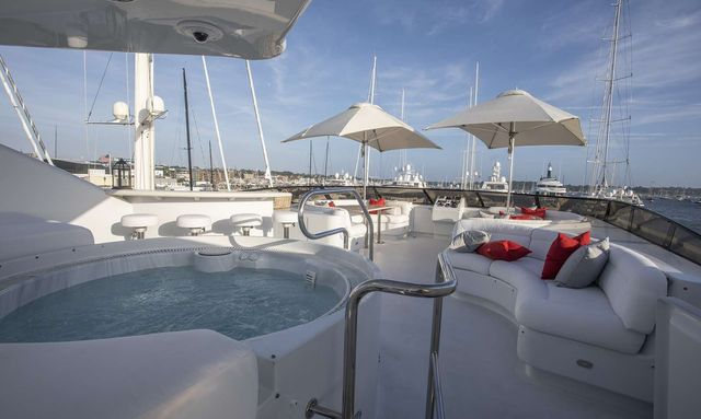 Bahamas charter special aboard M/Y INVISION