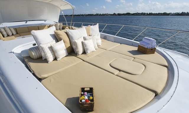 Charter Yacht INCOGNITO Open This Winter